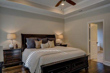 Dlaczego w sypialniach powinniśmy mieć nowoczesne meble?