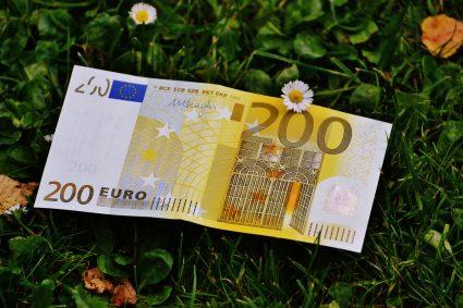 Koszty związane z kredytem hipotecznym